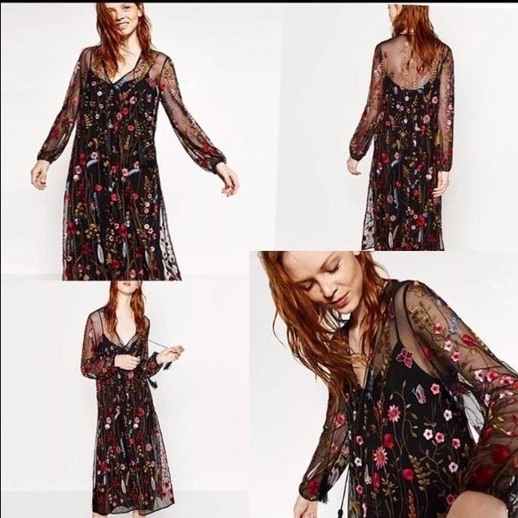 d0a78c35 Zara floral embroidered mesh dress!! M_5a580f8a9a9455b8d9bee038